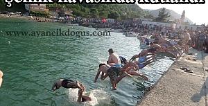 Ayancık köyünde Denizcilik Bayramı kutlandı