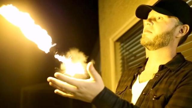 Ateşle Oynamak İstiyorsanız, Bir Pyro Fireshooter Alın