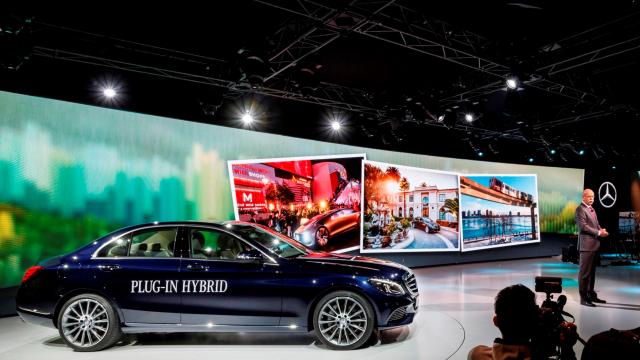Mercedes-Benz, yepyeni modeli GLE Coupé'yi, NAIAS - Detroit Motor Show öncesi dünyaya tanıttı.